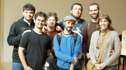 Foto (Reprodução): A equipe da Behold Studios marcou presença no evento.